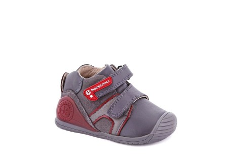 Ботинки Biomecanics для мальчиков - модель - 171149В